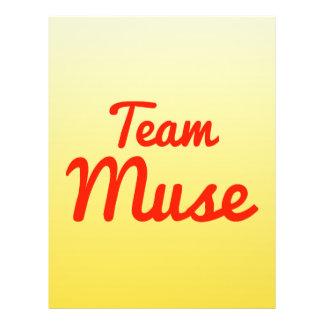 Musa del equipo flyer personalizado