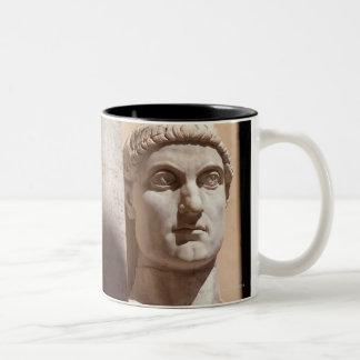 Museo del capitolio, cara del busto del emperador taza de dos tonos