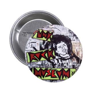 Museo del punk rock por el barro pins