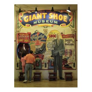 Museo gigante del zapato postal