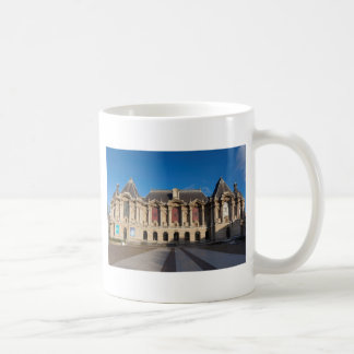 Museum of Fine Arts of Lille Taza
