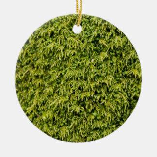 Musgo verde adorno navideño redondo de cerámica
