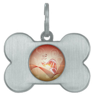 Music, curved piano keyboard with key notes pet name tags