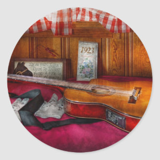 Music - Guitar - That old country feel Round Sticker