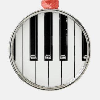Music keyboard metal ornament