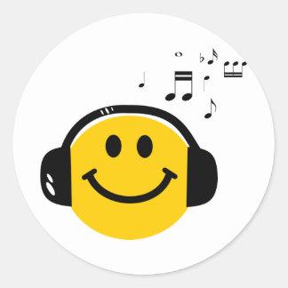 Music loving smiley classic round sticker