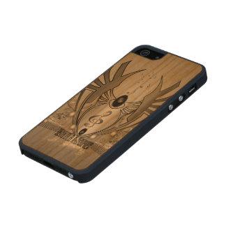 Música, clef en blanco y negro en un escudo funda de cerezo carved® para iPhone 5