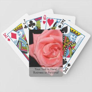 música color de rosa rosada de la parte posterior barajas de cartas