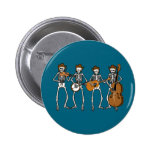 Música country que juega los esqueletos pin redondo 5 cm