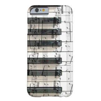 música del piano del teclado del pianista funda de iPhone 6 barely there
