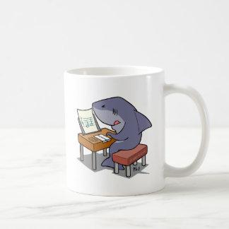 Música del tiburón taza
