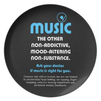 Música: El otro no adictivo, humor-alterando… Platos Para Fiestas