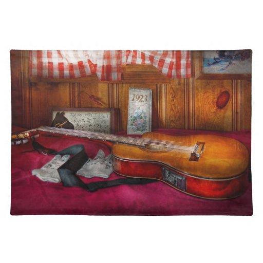 Música - guitarra - que sensación del país viejo mantel