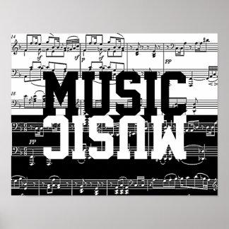 música medio blanca a medias negra póster