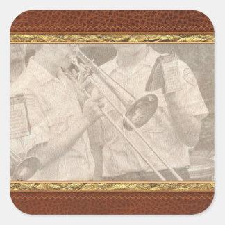 Música - Trombone - una mano amiga Calcomanías Cuadradases