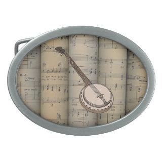 Musical rodado ~ del ~ del fondo de la partitura hebilla cinturón oval