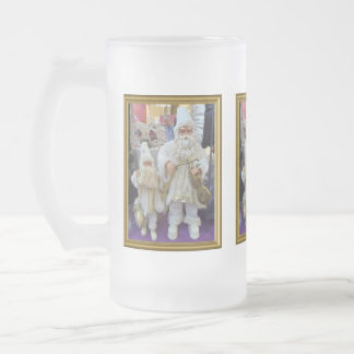 Musical santas frosted glass beer mug