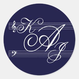 Musicians in Love Navy on white Classic Round Sticker