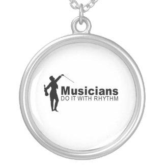 Músicos Pendientes Personalizados