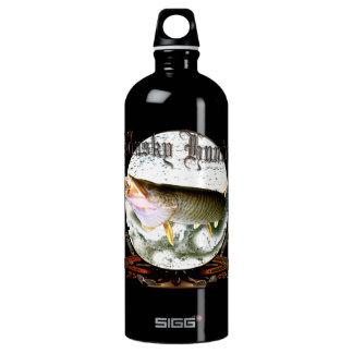 Musky hunter 1 SIGG traveler 1.0L water bottle