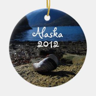 Mussel Shell Model; Alaska Souvenir Ceramic Ornament