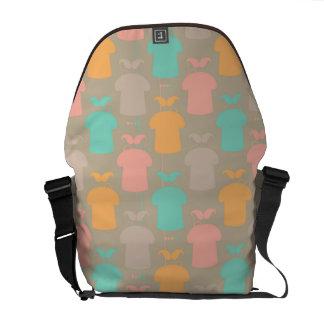 Mustache pattern 2 messenger bag