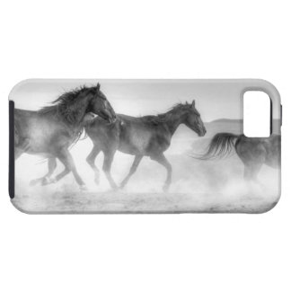 Mustang Run iPhone SE/5/5s Case