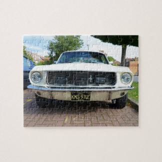 Mustango blanco clásico de Ford Rompecabezas