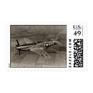 Mustango de WWII P-51 en vuelo Sellos