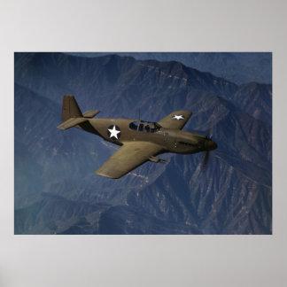Mustango P-51 en vuelo, 1942 Póster