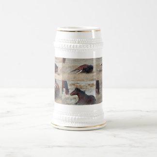 Mustango salvaje de Utah Jarra De Cerveza