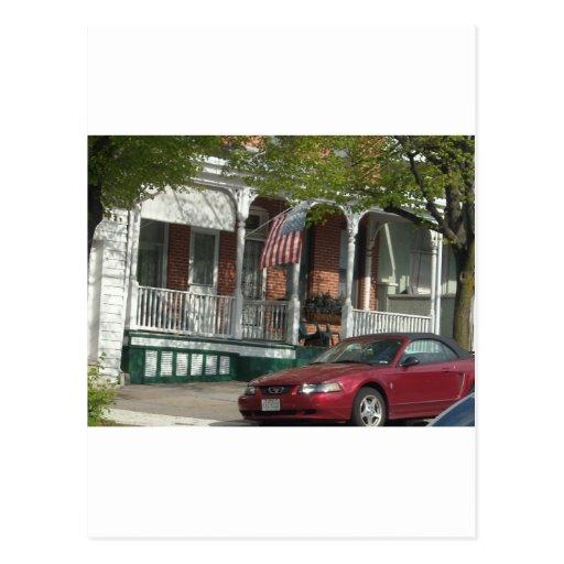Mustango y bandera americana en Hampden Postales