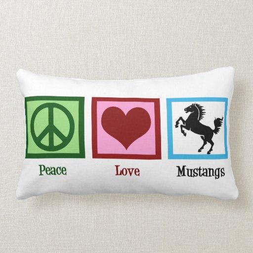 Mustangos del amor de la paz cojin