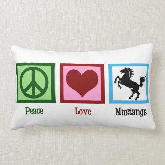 Mustangos del amor de la paz cojín