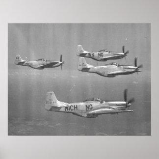 Mustangos P-51 Póster