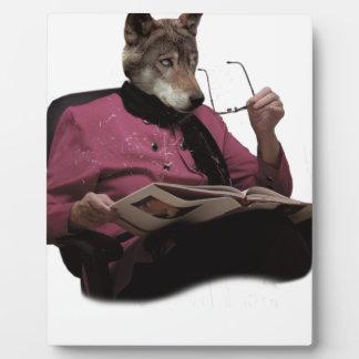 Mutante de la abuela de la cabeza del lobo de placa para mostrar