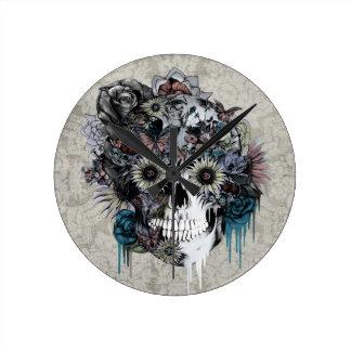 Mute, sunflower skull damask round clock