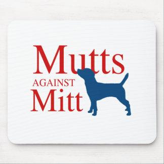 Mutts contra el mitón alfombrilla de ratón