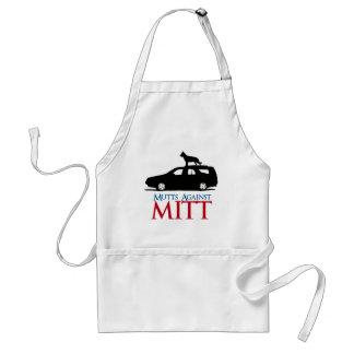 Mutts contra Mitt Romney .png Delantal