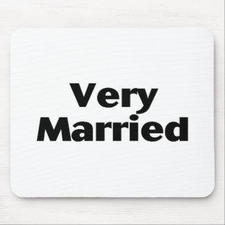 Muy casado mousepad