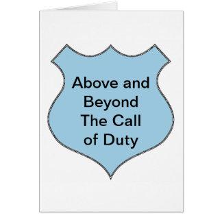 Muy por encima de la llamada de la insignia del tarjeta de felicitación