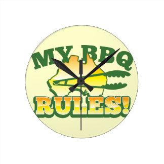 My BBQ RULES! barbecue Australian design Round Clock