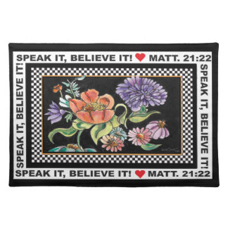 """""""My Checkered Garden"""" placemat Cloth Placemat"""