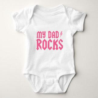My dad rocks {pink} tees