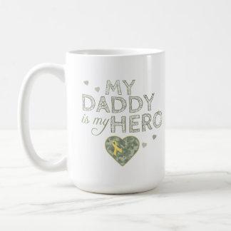 My Daddy is my Hero - Green Camo - Mug