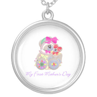 My First Mother's Day (bear) Round Pendant Necklace