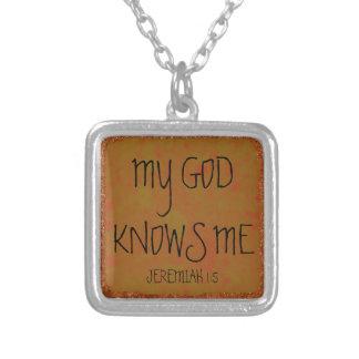 My God knows me bible verse Square Pendant Necklace