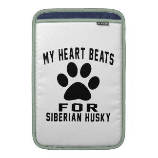 MY HEART BEATS FOR Siberian Husky MacBook Sleeves