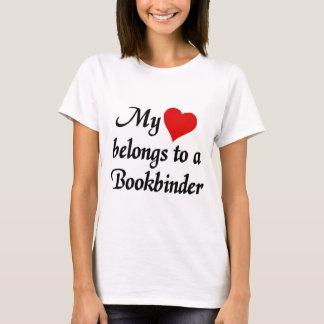 My heart belongs to a Bookbinder T-Shirt