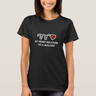 My heart belongs to a soldier | Womens t shirt